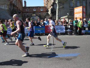 Runner courage-995123_1280